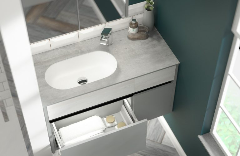 Contemporary Fitted Sandwashed White and Flat Grey Cameo (1)