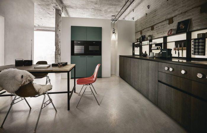 NX-640-Elegant-oak-graphite-grey-Cobalt-green-matt-velvet-AFP